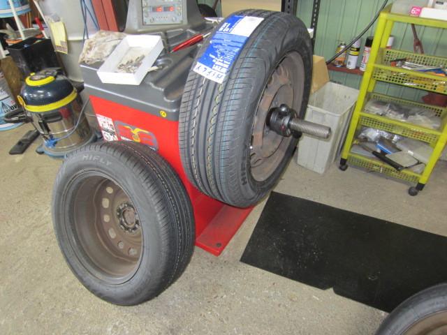 タイヤ交換依頼ありがとうございます。
